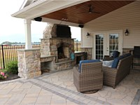 Outdoor Fireplaces & Pits